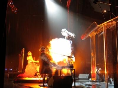 cirque number acts circus acrobatic stunt acrobatie