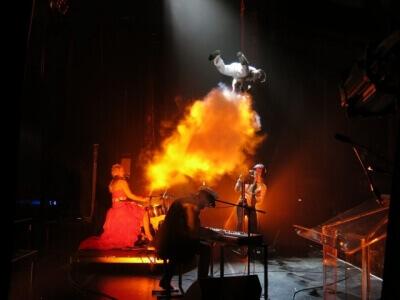 cirque act